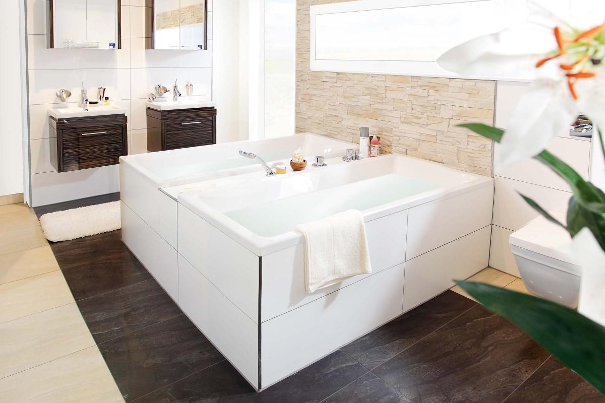 deux baignoires